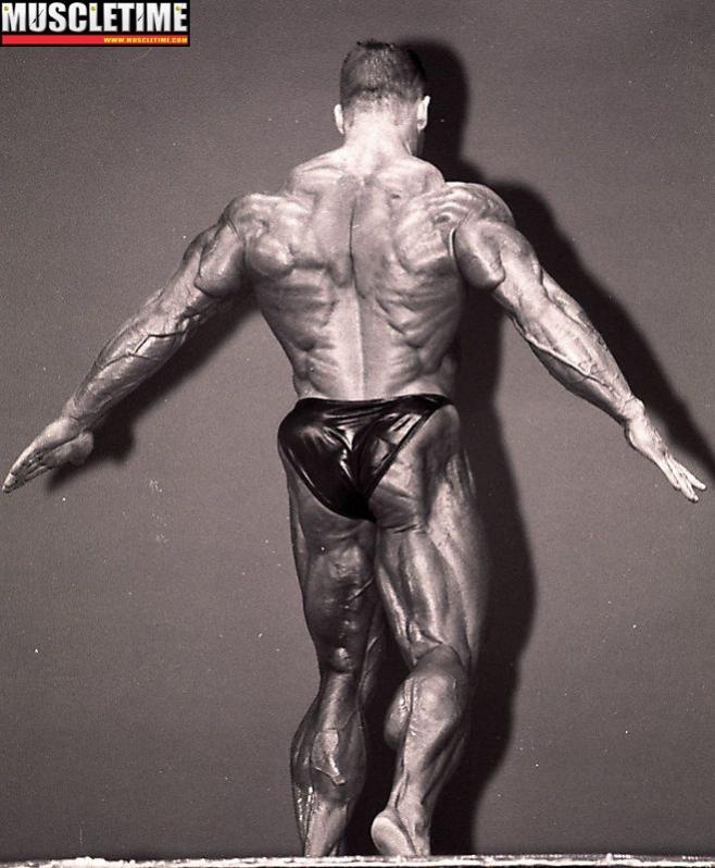 Όνομα: Dorian Yates at 1996 Mr. Olympia.jpg Εμφανίσεις: 209 Μέγεθος: 70,2 KB