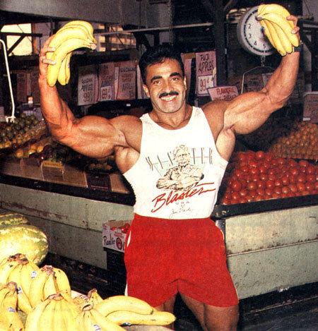 Όνομα: samir_bananas.jpg Εμφανίσεις: 1774 Μέγεθος: 77,4 KB