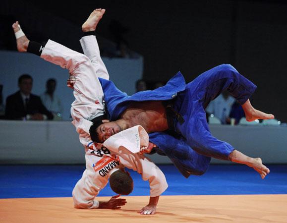 Όνομα: judo3.jpg Εμφανίσεις: 542 Μέγεθος: 45,8 KB